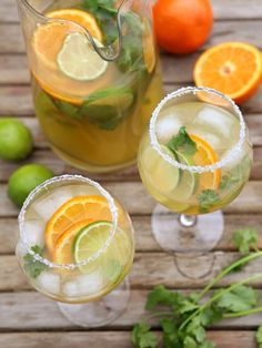 When you want sangria but you also want tequila. make this margarita sangria! Click through to find this and more summer sangria recipes. Party Drinks, Fun Drinks, Yummy Drinks, Alcoholic Drinks, Beverages, Summer Cocktails, Cocktail Drinks, Summer Sangria, Cranberry Sangria