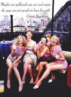 多くの女性の憧れの海外ドラマ「Sex and The City」。彼女達の生き様は、強く美しい大人の女を象徴しているかの様です。そんな彼女たちの言葉はバイブルと呼ばれるほど、沢山勇気を与えてくれます。恋に仕事に悩みの尽きない日々を「SATC」の名言で解決しましょう!