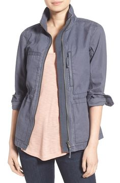 Got this jacket from Madewell and I love this more streamlined take on the classic cargo style, pockets, and clinched in waist. Also like the dusty gray color.