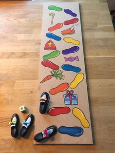 Begeleide of zelfstandige activiteit Saint Nicolas, Theme Noel, Teaching Kindergarten, Kids And Parenting, Diy And Crafts, Kids Rugs, Rainbow, School, Creative