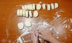 Turtițe cu cașcaval la tigaie – se prepară ușor și se mănâncă repede! - Retete Usoare Ethnic Recipes, Food, Essen, Meals, Yemek, Eten