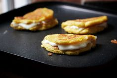 Fresh Corncakes with Cheese | Cachapas
