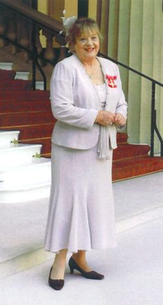 The Official Sylvia Syms Website Sylvia Syms, Nostalgia, England, Ice, Cold, Actresses, Website, Fashion, Female Actresses
