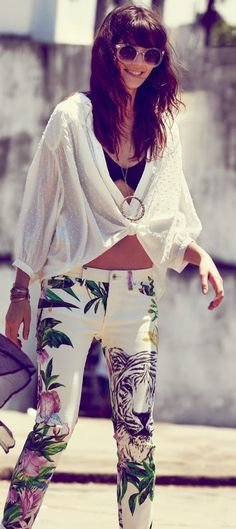 Cute Summer Outfit With Loose White Top