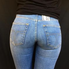 Here you will admire beautiful women with jeans. Women in jeans looking so hot and gorgeous. Check out 55 women tight jeans pants ideas for women and girls. Sexy Jeans, Superenge Jeans, Skinny Jeans, Vaquera Sexy, Nice Asses, Girls Jeans, Short, Tights, Toddler Girls