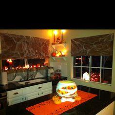 My Halloween Kitchen. All lit up!