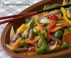 Zelenina ve woku 1