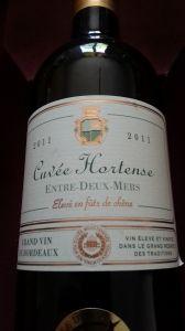 Dégustation sur MonVin.fr :: Cuvee Hortense 2011 - Toujours un vin élégant. Couleur vive et jaune brillant. Bien en bouche, parfait avec fruit de mer. A revoir ( avec grand plaisir) dans un autre milesime.