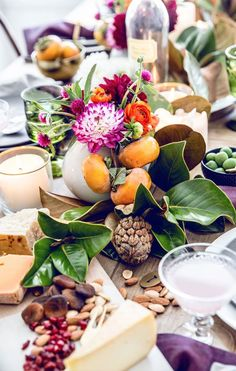 Fall table with naturals