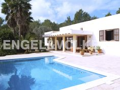 NEUE IMMOBILIE DER WOCHE: Schöne Villa in begehrter Lage #Ibiza http://www.engelvoelkers.com/es/ibiza/es-cubells/schoumlne-villa-in-begehrter-lage-w-02124i-3408642.1085448_exp/?startIndex=3&objectID=3408642.1085448&businessArea=&contactReason=visit&q=&facets=bsnssr%3Aresidential%3Bcntry%3Aspain%3Bdstrct%3Aibiza%3Blcncr%3Aes_cubells%3Bobjcttyp%3Ahouse%3Brgn%3Aibiza%3Btyp%3Abuy%3B&linkContactReason=visit&origin=exposee&pageSize=10&language=de&elang=de