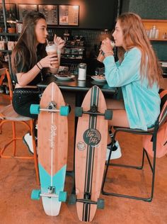 There's no one like your BFF! They will always have your back and get you through the good & the tough times. Here some cute phot ideas for that BFF goal! Photos Bff, Best Friend Photos, Best Friend Goals, Cute Photos, Friend Pics, Bff Pics, Cute Friends, Best Friends, Shotting Photo