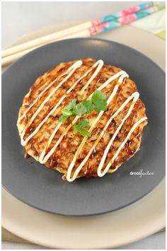Okonomiyaki (Japanese Savory Pancake), vast niet goed voor de lijn, maar wel heel nom!