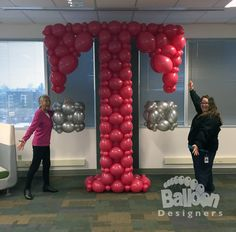 Iconic corporate imagery with the T-Mobile logo #seattleballoons #seattleballoondecorations #balloons #globos #tmobile #magenta #letters #lettert #t #corporateballoons #corporate #mobilephones #cellphones #smartphones #simplechoice #lifesforsharing #sticktogether #balloondesigners