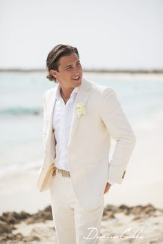 Beach wedding groom attire SuitSupply NYC Wedding Location Aruba Planner www.ptevents.com