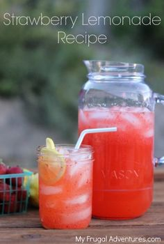 Quick and easy Strawberry lemonade recipe- so refreshing for summer!