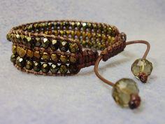 Bracelete confeccionado com  cristais Tchecos