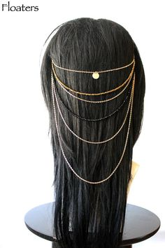 Floater Hair Jewelry presents the Gypsy Head Chain Head Piece is constructed with gold chain and multi-color crystal beads. The Gypsy Headpiece is Bohemian Gypsy, Bohemian Jewelry, Gypsy Headpiece, Hair Chains, Gold Hair Accessories, Wedding Hair Pieces, Indian Hairstyles, Hair Comb, Hair Jewelry