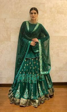 """""""We Can't Get Over Kriti Sanon's Festive Look"""" end Sept, Indian Festive Fashion via Indian Gowns, Indian Lehenga, Indian Attire, Indian Ethnic Wear, Pakistani Dresses, Nikkah Dress, Indian Wedding Outfits, Bridal Outfits, Indian Outfits"""