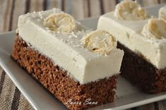 Čokoládová torta s kokosovým krémom Romanian Desserts, Romanian Food, White Chocolate Cupcakes, Chocolate Cake, Just Cakes, Cakes And More, Dessert Drinks, Fun Desserts, Cake Recipes