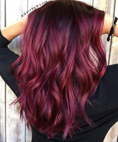 Discover 15 beautiful burgundy red hair colors - trend 2019 - page 5 . - - Discover 15 beautiful burgundy red hair colors – trend 2019 – page 5 … – Discover 15 beautiful burgundy red hair colors – trend 2019 – page 5 … – – Red Burgundy Hair Color, Hair Color And Cut, Ombre Hair Color, Hair Colors, Pinkish Red Hair, Wine Hair, Corte Y Color, My Hairstyle, Hair Trends