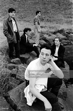 A group portrait of Simple Minds, near Edinburgh, Scotland, Jim Kerr, Scottish Bands, Simple Minds, Punk Goth, Indie Music, Portrait, Cool Bands, Music Artists, How To Look Better
