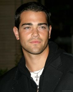 Jesse Metcalf....This man is gorgeous! ;)