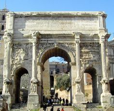 Triumphal-Arch-of-Galerius-Greece