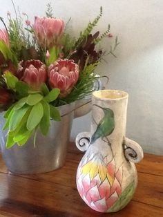 FynArts and fynbos Hotel Hermanus Windsor Hotel, Vase, Home Decor, Decoration Home, Room Decor, Vases, Home Interior Design, Home Decoration, Interior Design