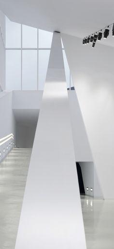 BTEK - Centre d'interpretation de la Tecnologíe / ACXT.