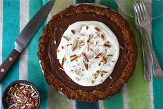 Pretzel Chocolate Pudding Pie