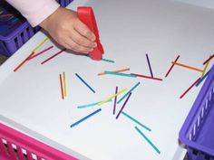 preschool fine motor skills - Mini Pick up sticks :) Preschool Fine Motor Skills, Fine Motor Activities For Kids, Motor Skills Activities, Montessori Activities, Gross Motor Skills, Sensory Motor, Sensory Tubs, Sensory Play, Funky Fingers