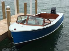 Lapstrake Speed Boat built by the Great Lakes Boat Building School (GLBBS) in Cedarville, Michigan Speed Boats, Power Boats, Show Boat, Runabout Boat, Classic Wooden Boats, Old Boats, Yacht Boat, Boat Design, Boat Building