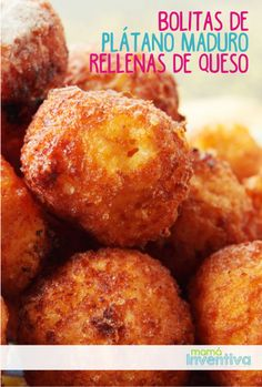 Bolitas de Pl�tano Maduro rellenas de Queso Colombian Dishes, Colombian Food, Puerto Rican Recipes, Mexican Food Recipes, Spanish Recipes, Cooking Bananas, Plantain Recipes, Plantain Ideas, Boricua Recipes