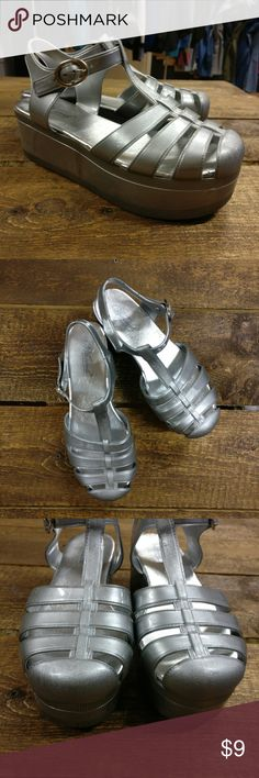 """Wanted Shoes Jellypop Silver Platform Sandals 90s Wanted Shoes Jellypop Silver Platform T-Strap Jelly Sandals: Triple layer sole, ankle straps with adjustable buckle closure, platform height: 2-1/4"""", synthetic materials with rubber sole, size 5, medium width.   Super cute, 90s style! Good used condition. Minor wear on soles. Wanted Shoes Sandals"""