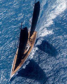 Immagine di boat, sail, and sailing Yacht Design, Boat Design, San Diego Bars, Houston Bars, Luxury Sailing Yachts, Bars Near Me, Drink Specials, Yacht Boat, Catamaran