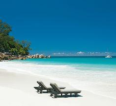 Perfect moment. Seychelles Island