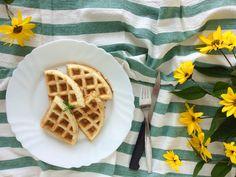 Květákovo-vaječné vafle z mandlové mouky
