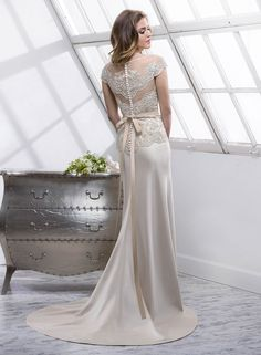 Presley - by Maggie Sottero :: winter wedding dress