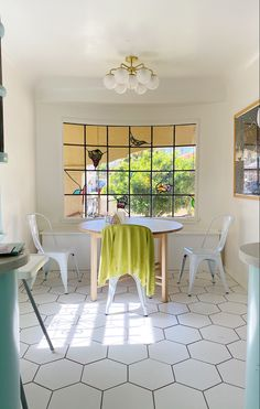 Spanish Kitchen, Dining Chairs, Dining Table, Furniture, Home Decor, Spanish Cuisine, Decoration Home, Room Decor, Dinner Table