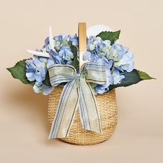 "9""""H Nantucket Style Basket with Blue Hydrangea, White Shell and Starfish"