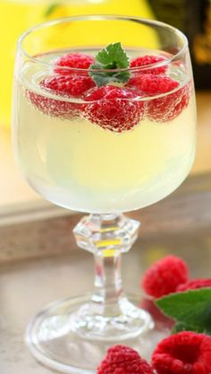 Limoncello and Prosecco Cooler with Raspberry Ice Cubes Recipe