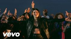 Jessie J - Masterpiece, she is HOT, Fav for sure.love this masterpiece song.i'm still working on my masterpiece. Jessie J, Music Mix, My Music, Soul Music, Latina Models, Pitch Perfect 2, Movies And Series, Types Of Music, Greatest Songs