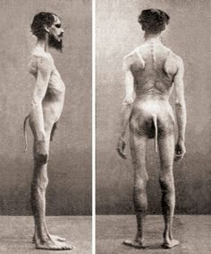 30 creepy and utterly bizarre photos from the past.
