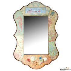Espejo decorado con motivos relacionados con la playa