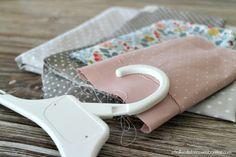 Como forrar perchas para niños | DIY lined hanger | Perchas forradas con tela