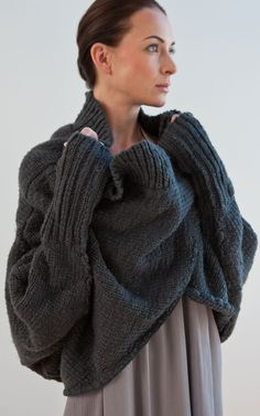 Chunky Knit Sweater | New Form Perspective  http://nfpstudio.com/  #chunky #knit #sweater #comfy #cozy #style #fashion #dark #grey #loose