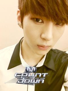 Leo selca at Mnet Mcountdown 2014 06 05 Tvxq, Btob, K Pop, Leo Vixx, Ulzzang, Lee Hyun, Jung Taekwoon, Jellyfish Entertainment, U Kiss