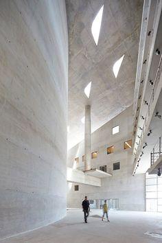 Christian de Portzamparc's Cidade das Artes complete in Rio de Janeiro