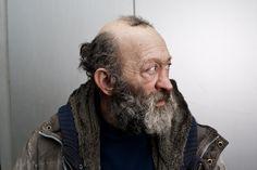 Jeff Bierk prend des photos géniales et déprimantes des junkies et des sans-abri