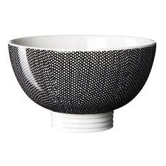 The Filippa K bowls suits perfect with the Filippa K mug, a modern classic from Swedish company Rörstrand. The bowl is designed in cooperation with the Swedish fashion brand Filippa K and every year a new design is launched.